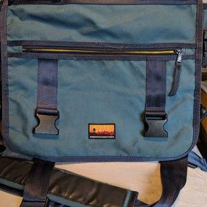 STURDY - Used Brooklyn Industries Laptop Bag